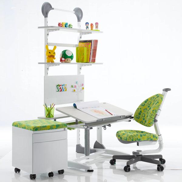 Детские парты и кресла